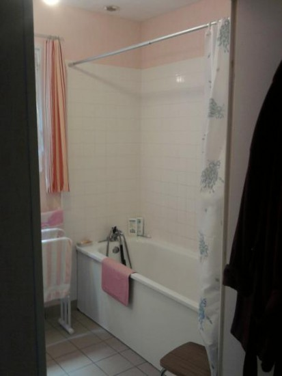 s r habitat vous tes un particulier remplacement baignoire par douche. Black Bedroom Furniture Sets. Home Design Ideas