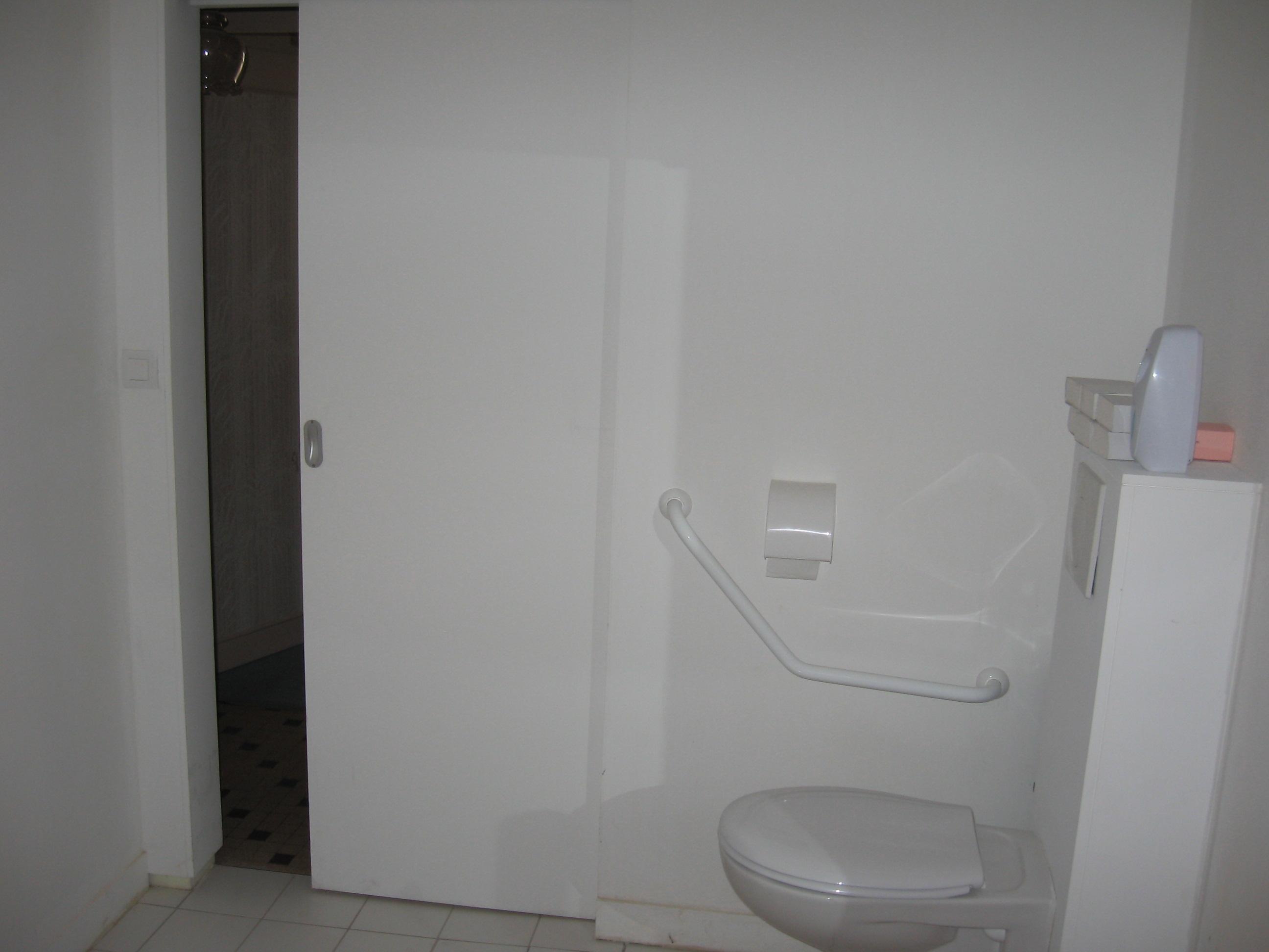 S r habitat vous tes un professionnel portes coulissantes - Porte coulissante wc phonique ...